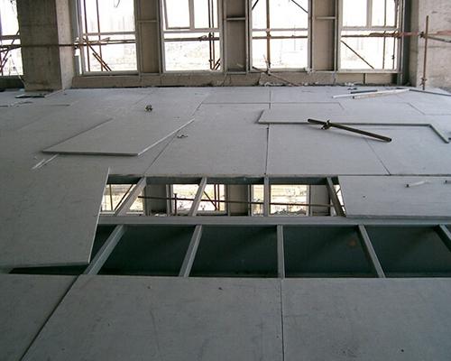 loft楼层板又称的高密度纤维水泥压力板,是钢结构夹层,新一代挑高